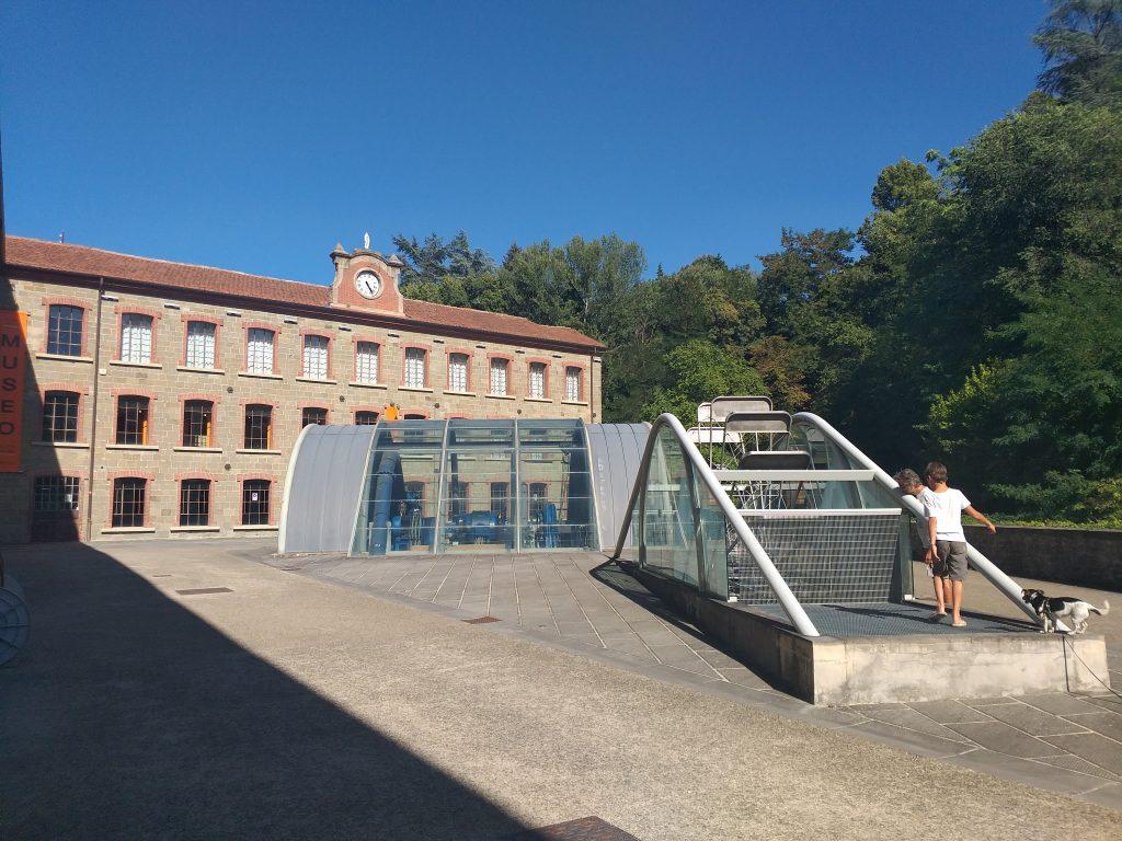 Casentino-Stia-Lanificio-visita-bambini